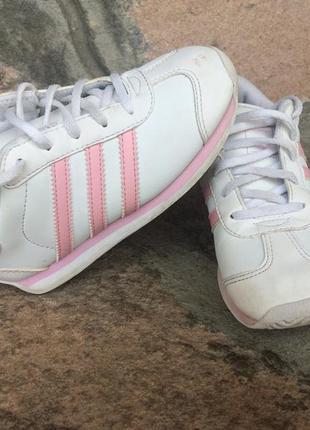 Adidas, продам оригинальные кожаные кроссовки