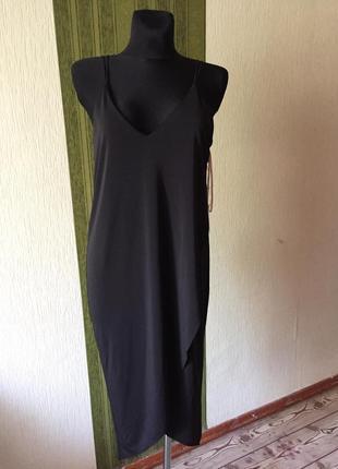 Брендовое эффектное платье комбинация