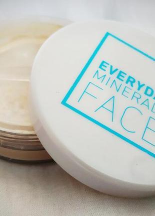 Everyday minerals pearl finishing dust - минеральная пудра для закрепление макияжа