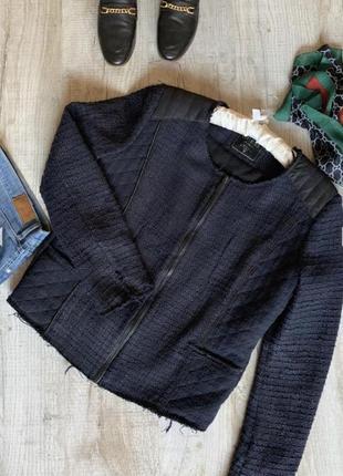 Фирменный жакет 48размер пиджак на молнии,букле