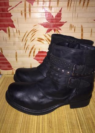 Шкіряні черевички spm