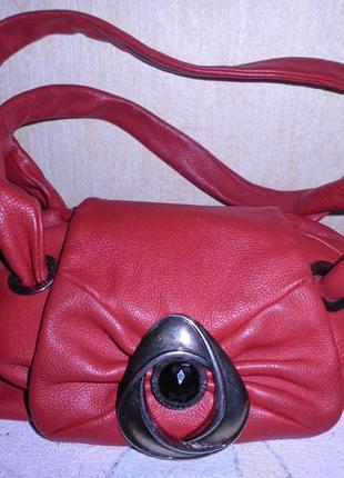 Красная сумка.италия.натральная кожа