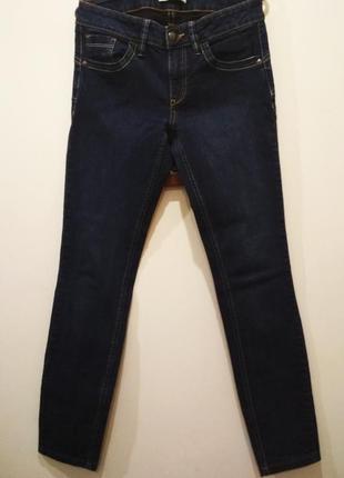 Фирменные джинсы для девочки