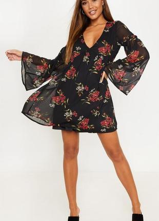 Шифоновое платье с цветочным принтом1 фото