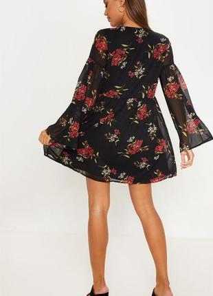 Шифоновое платье с цветочным принтом4 фото