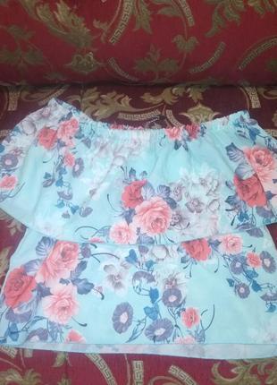 Блуза, с открытыми плечами1 фото