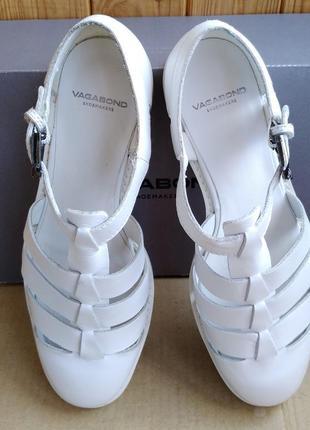 Новые полностью кожаные туфли стильные босоножки сандалии vagabond в коробке3 фото