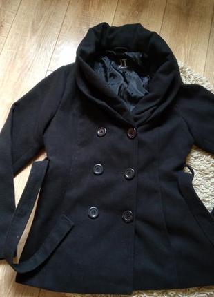 Фирменная женское пальто3 фото