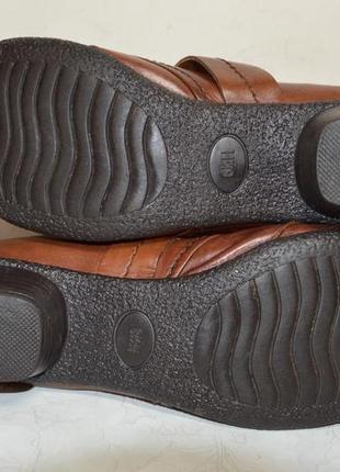 Женские  кожаные  туфли  medicus5 фото