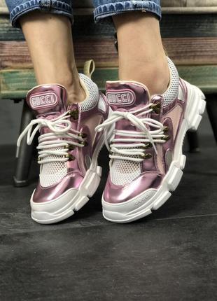 Кроссовки: gucci flashtrek pink white.4 фото