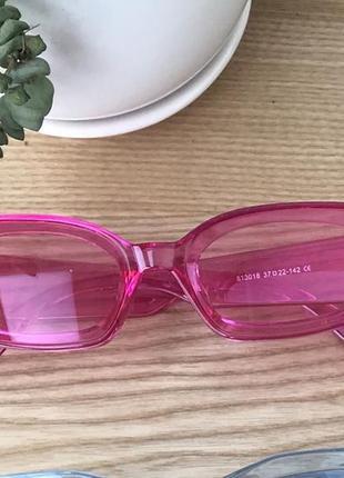 Розовые очки1 фото