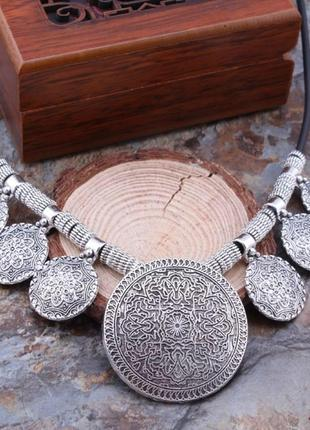 Шикарное ожерелье в этническом стиле7 фото