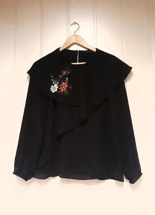 Черная шифоновая блузка с вышивкой5 фото