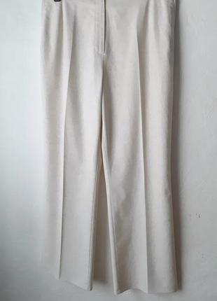 Светлые прямые брюки большого размера2 фото