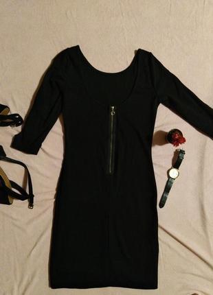 Базовое платье с вырезами на рукавах оригинал1 фото