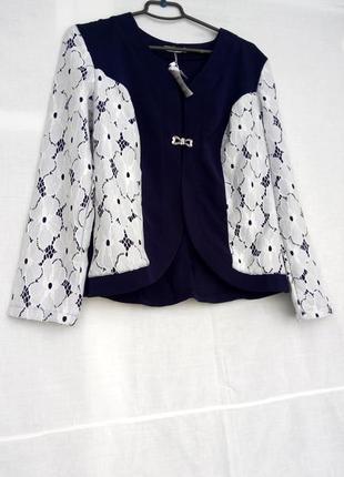 Нарядный пиджак с кружевом2 фото
