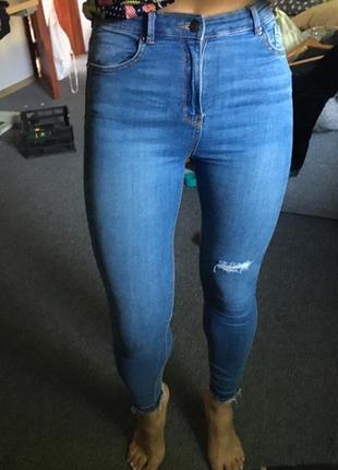 Стильные джинсы скини,размер m3 фото