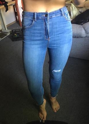 Стильные джинсы скини,размер m5 фото