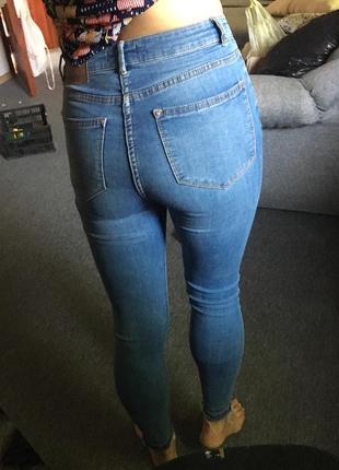 Стильные джинсы скини,размер m6 фото