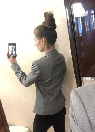 Стильный приталенный пиджак на одну пуговицу2 фото