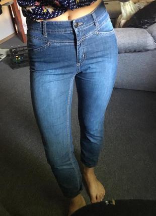 Стильные джинсы размер м4 фото