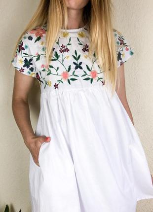Платье комбинезон с вышивкой8 фото