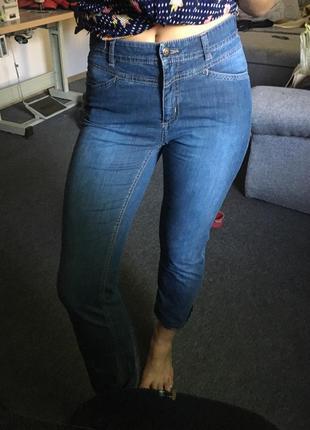 Стильные джинсы размер м3 фото
