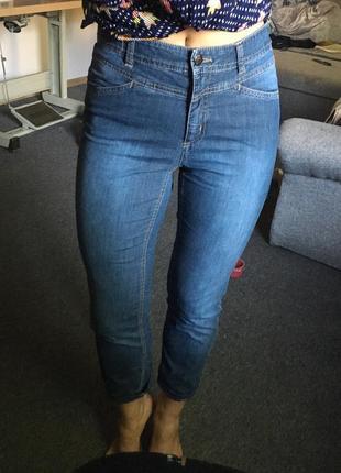 Стильные джинсы размер м1 фото