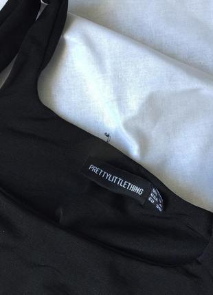 Чёрный боди с актуальным квадратным вырезом5 фото