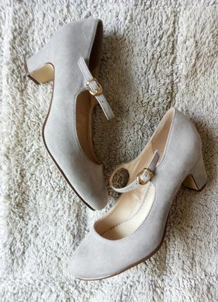 Бежеві туфлі замш від graceland2 фото