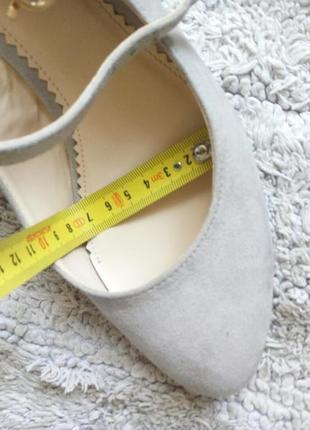 Бежеві туфлі замш від graceland5 фото