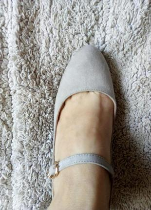 Бежеві туфлі замш від graceland10 фото