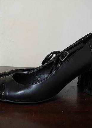 Женские туфли р 38