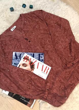 Блуза с красивой фурнитурой1 фото