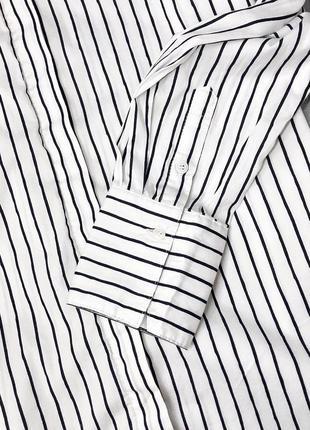 Актуальная базовая белая стильная рубашка в полоску4 фото