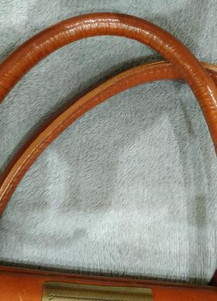 Трендовая кожаная сумка6 фото