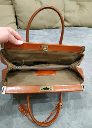 Трендовая кожаная сумка4 фото