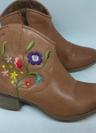 Кожаные ботинки 38 размер1 фото
