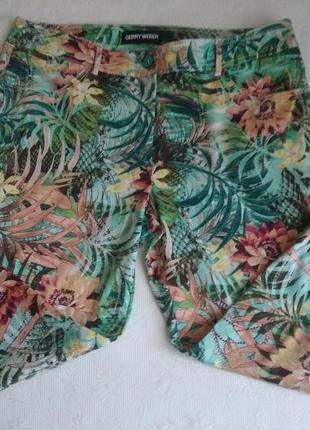 Стрейчевые брюки джинсы с тропическим принтом большого размера. принтом3 фото