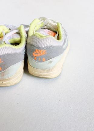 Стильные кроссовки цвет белый и серый размер 373 фото