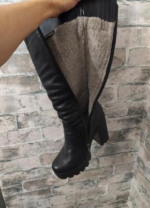 Зимние кожаные сапоги на тракторной подошве2 фото