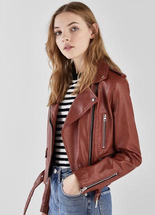 Куртка в байкерському стилі, зі штучної шкіри1 фото
