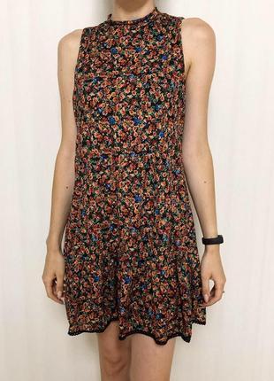 Платье в цветочек1 фото