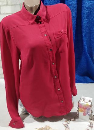 Блузка классическая прчмая  малинового цвета1 фото