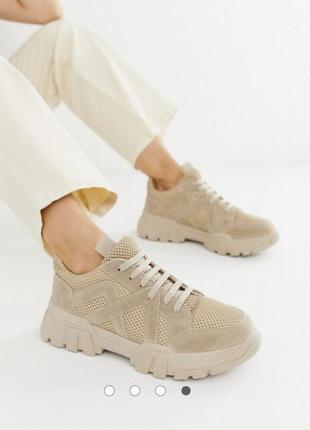 Новые бежевые кроссовки1 фото