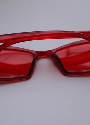Красные очки3 фото