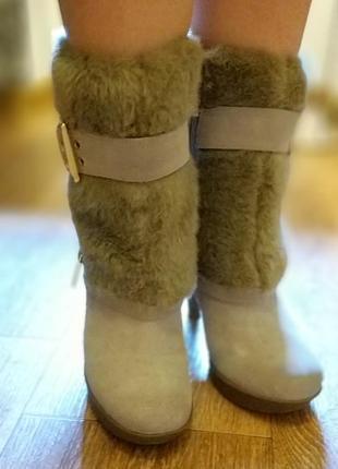 Продам крутые демисезонные ботинки на каблуке guess оригинал4 фото