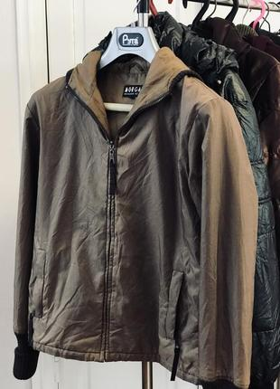Демисезонная курточка1 фото