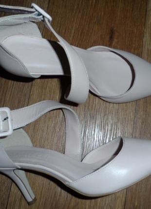 Нежные ,стильные туфельки 38р,нат. кожа ,новые1 фото