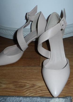 Нежные ,стильные туфельки 38р,нат. кожа ,новые2 фото